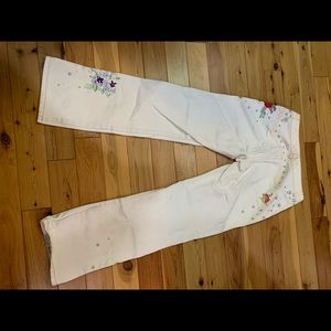White wash Express jeans embroidered and beads.